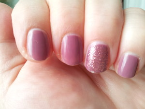 essie Island Hopping butter London Rosie Lee